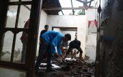 Ditinggal Garap Sawah, Rumah Petani Terbakar