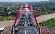 Ini Penampakan Jembatan Kali Kutho Diuji Beban 36 Truk Pasir