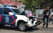 Mobil Polisi Cium Pantat Bus di Wonogiri