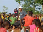 Sebarkan Perdamaian Lewat Olahraga