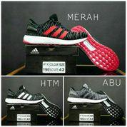 eb2c2773387b Reebok Classic   Sepatu Pria Olahraga Sneakers Sepatu Kets Murah ...