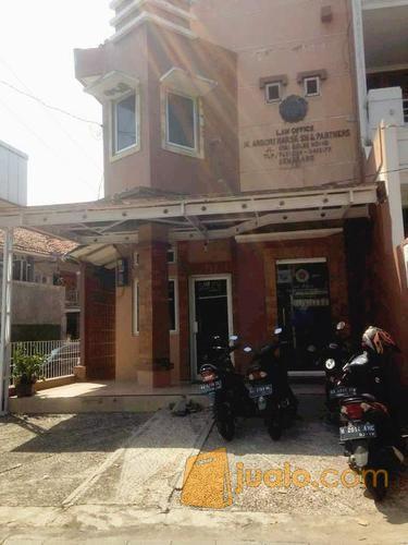 kantor strategis di jalan kyai saleh, pusat kota semarang
