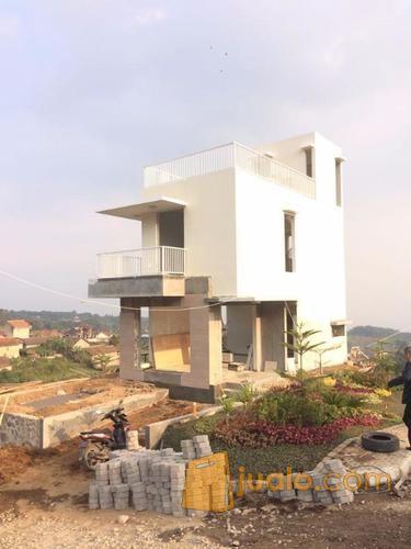 villa modern yg menyatu dg alam