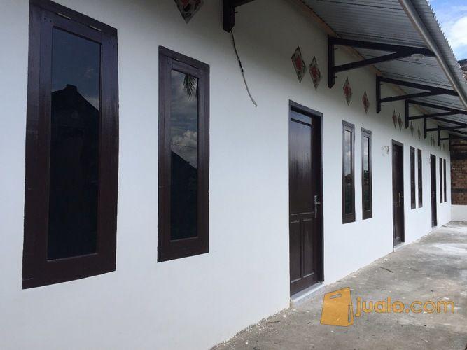 bangunan komersil