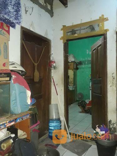 rumah kost 3 lantai