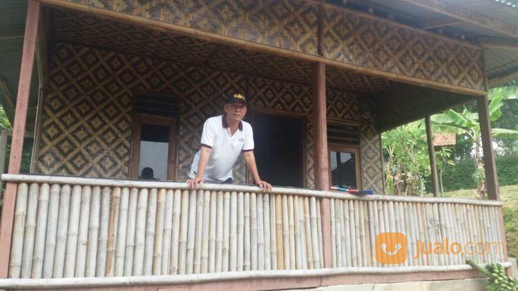 villa bambu & kebun manggis tepat di pinggir jalan