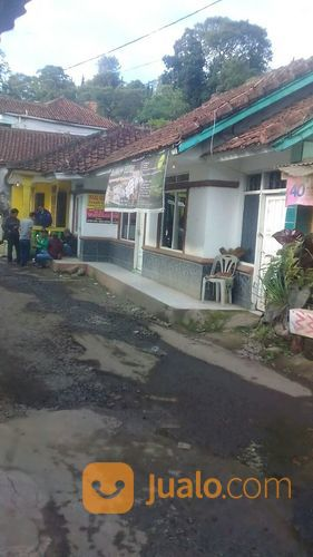 villa di kawasan wisata ciater subang