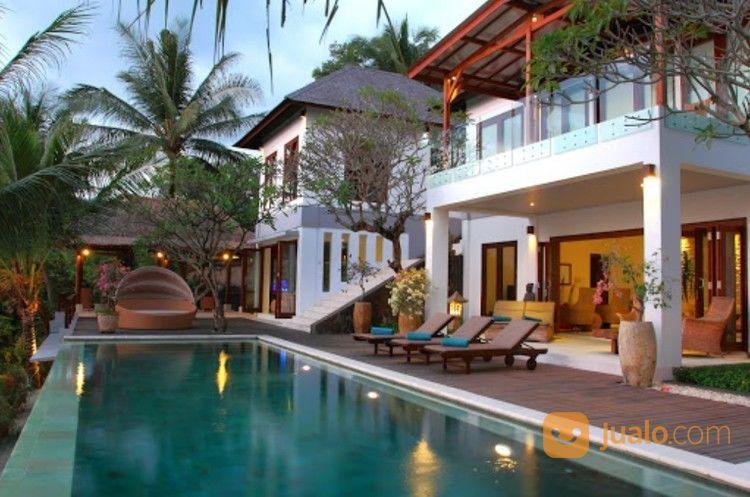 villa full view sunset dan laut senggigi - lombok