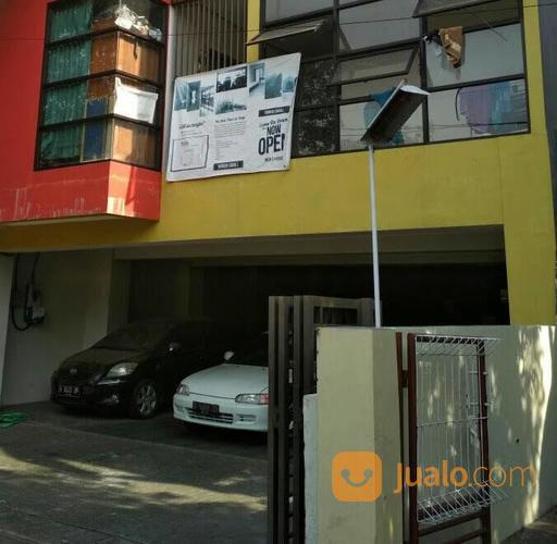 rumah kost murah 2 lantai, parkir area luas, per bulan pasti untung