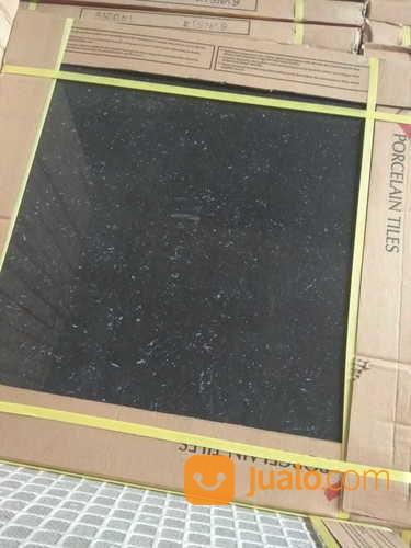 lantai granit tilles