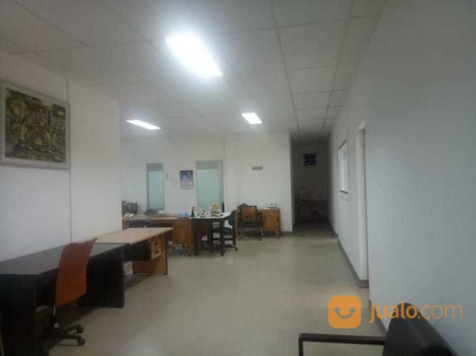 kantor mewah di jl. jendral sudirman