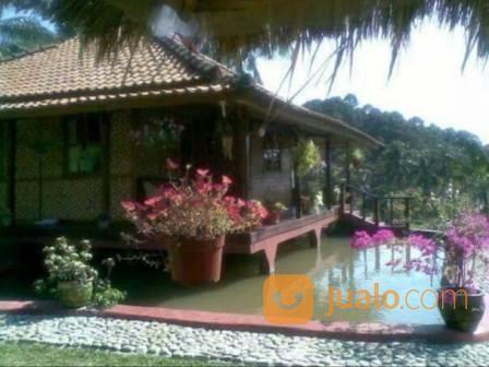 rumah villa di loji curug karawang