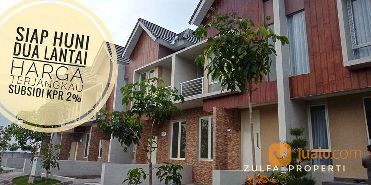 rumah mewah dua lantai dp terjangkau perbatasan surabaya