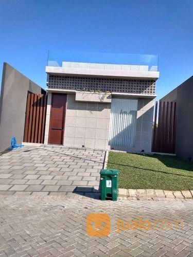 villa modern dekat tempat wisata , gratis cicilan di kingspark 8