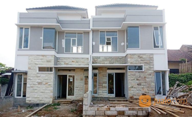 villa dua lantai di area wisata batu termurah