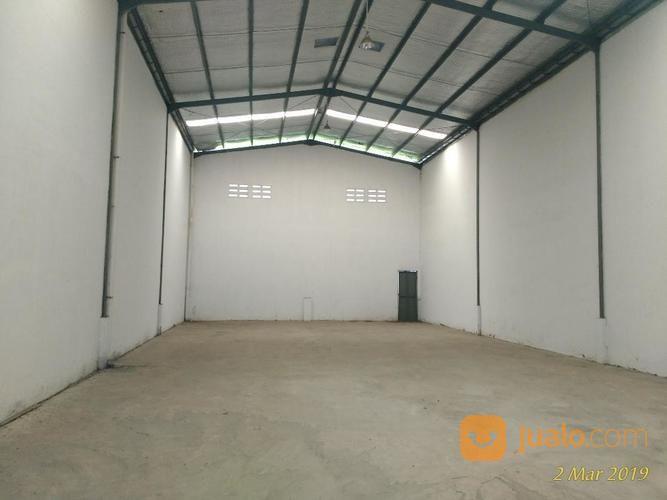 gudang kecil luas t b 564 360 kawasan industri jababeka 2 cikarang