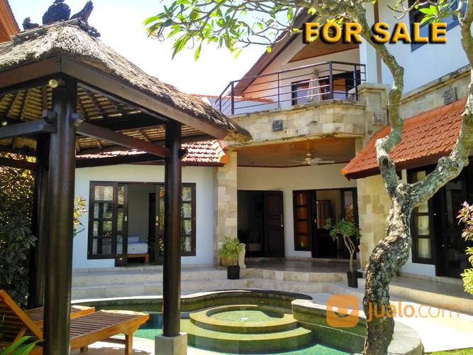 villa 3 bedrooms full furnish view pantai di tanjung benoa bali