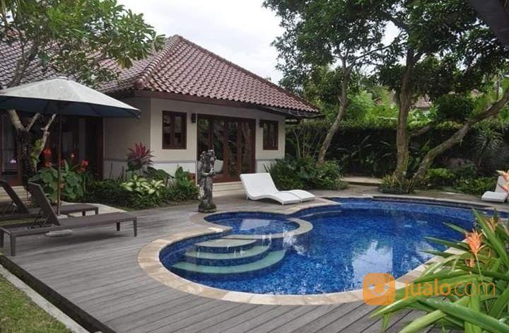 villa luas di batu layar dekat hotel bintang senggigi