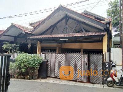 kost 10 pintu dengan rumah utama yang luas di bintaro prop860