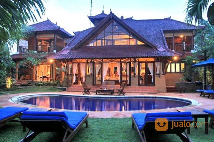 villa luas 1000 dekat pantai canggu bali