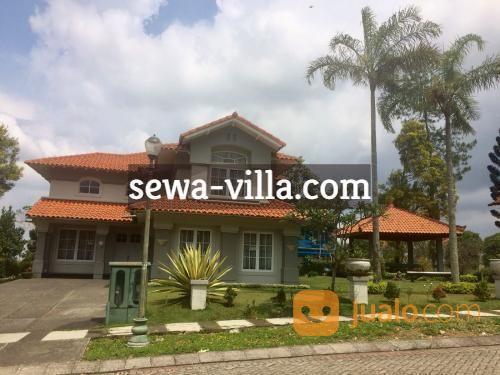 sewa villa 5 kamar tidur, di puncak resort, cipanas villa truly