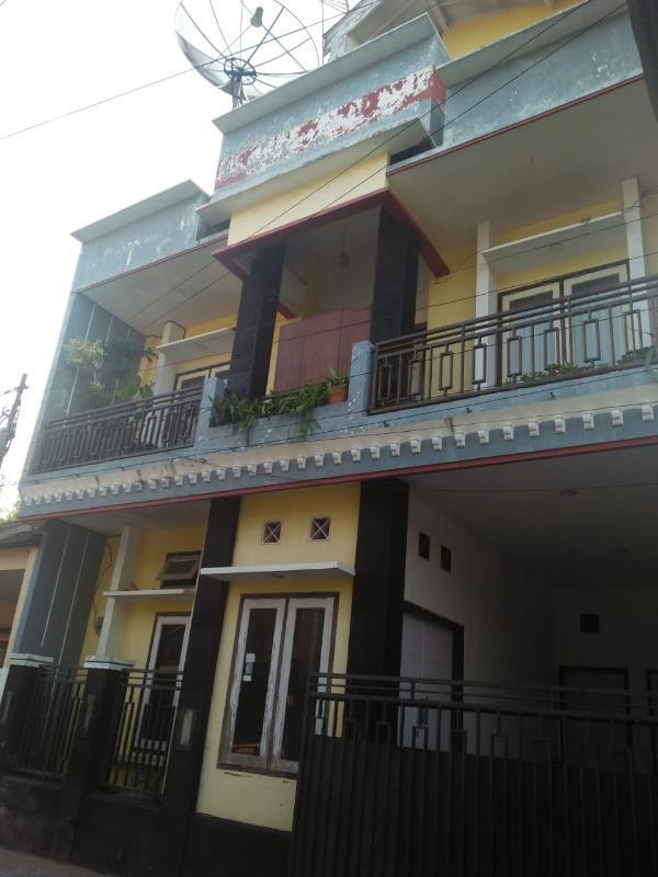rumah kost murah 3 lantai tengah kota di joyogrand kota malang