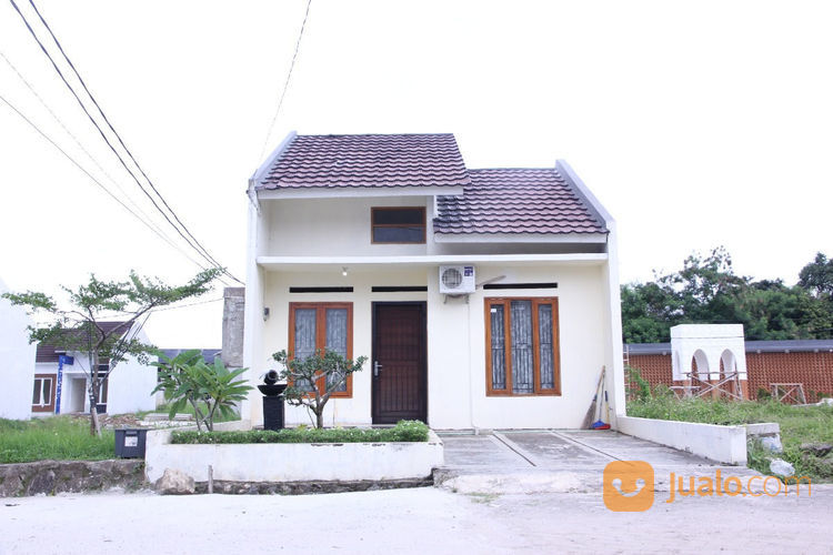 townhouse minimalis di lokasi strategis
