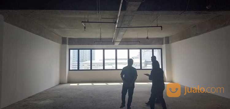 spazio office lantai 8 kosongan siap pakai strategis