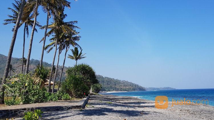 tanah pinggir pantai di stangi dekat senggigi