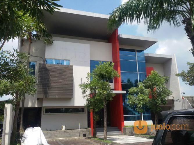 gedung kantor mewah di nol jalan raya wiyung surabaya