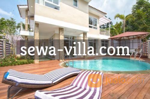 sewa villa di puncak resort bogor villa gunung arjuna