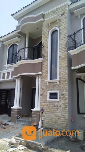 rumah dua lantai mewah elegan townhouse dekat stasiun purwokerto
