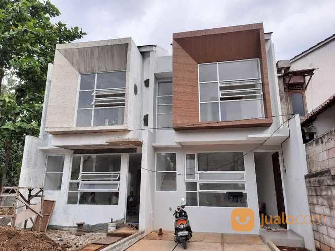 rumah 2 lantai strategis ekonomis di selatan jakarta