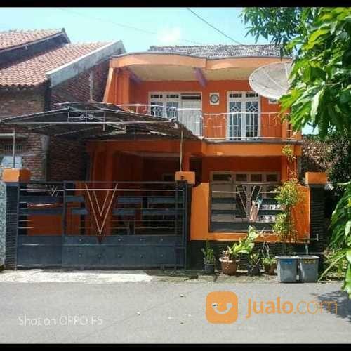 2 lantai rumah caruban