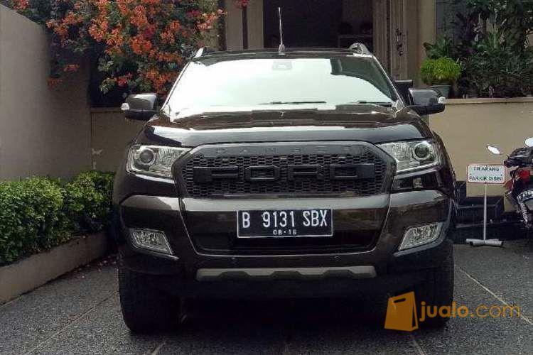 ford ranger dc 4x4 wildtrak 3.2 l automatic 2015 hitam,grille raptor dan roller lid,urgent
