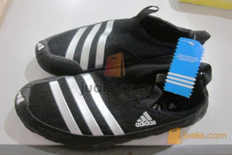 sepatu nike original bekas