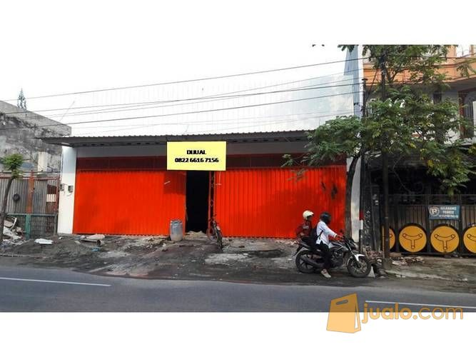 showroom mobil barata jaya lokasi strategis - area komersial