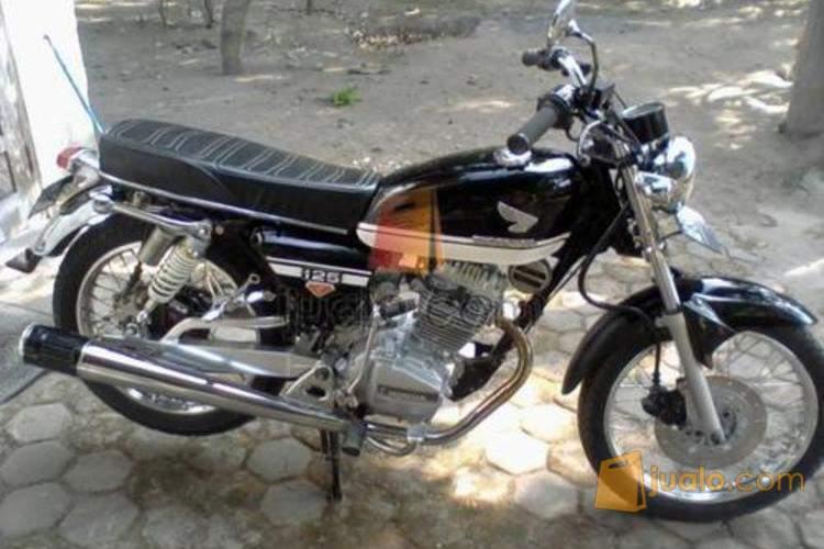 Honda GL-100 Tahun