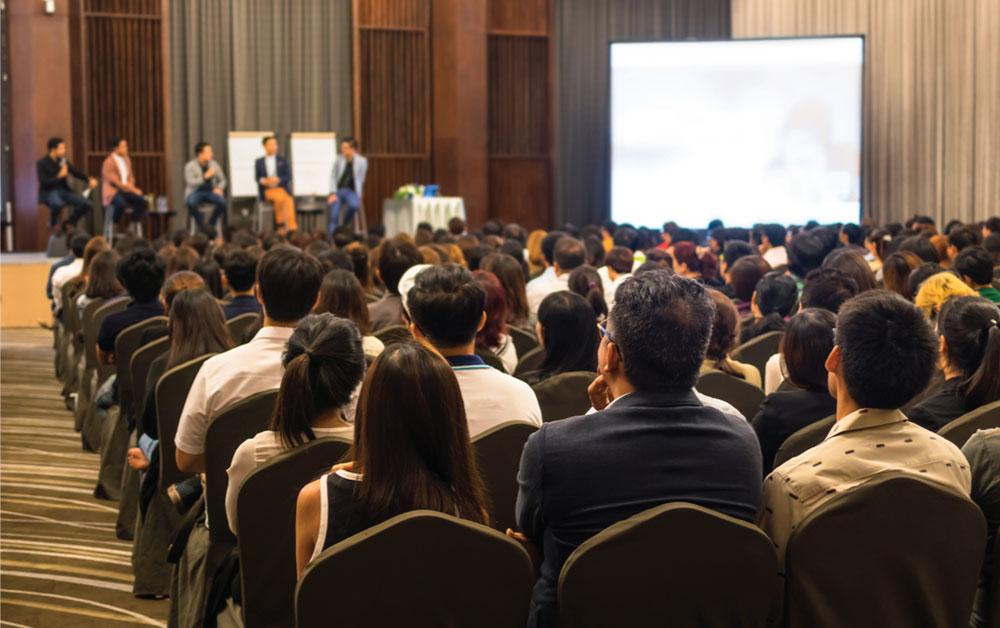 4 Alasan Pengusaha Harus Mengikuti Business Conference di Indonesia