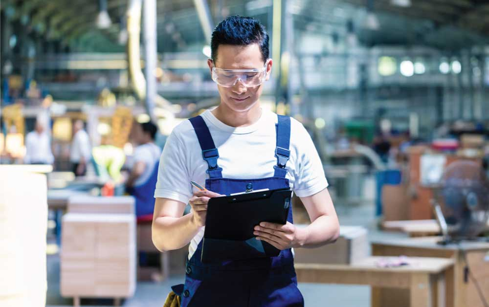 7 Tantangan Industri Manufaktur & Cara Mengatasinya