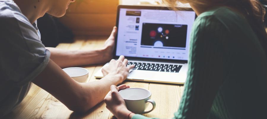 Menarik Minat Pelanggan dengan Visual Marketing