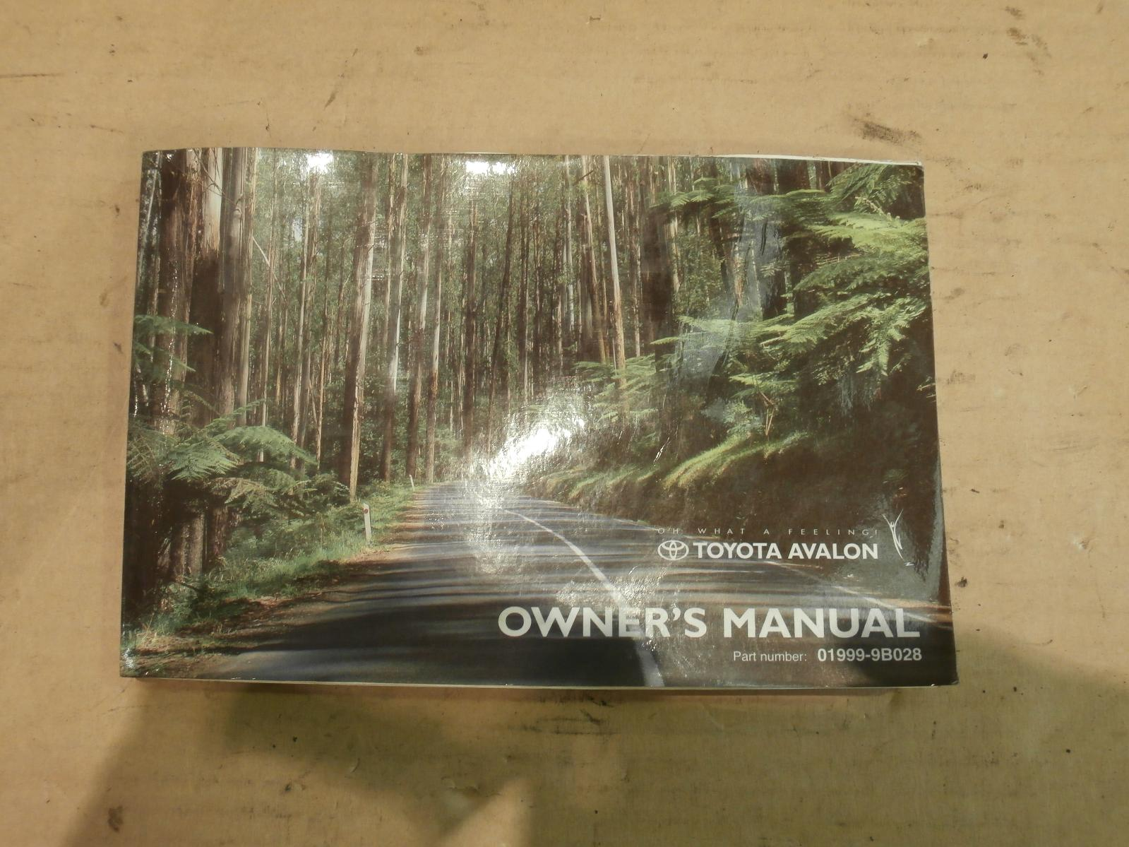 View Auto part Owners Handbook Toyota Avalon 2004