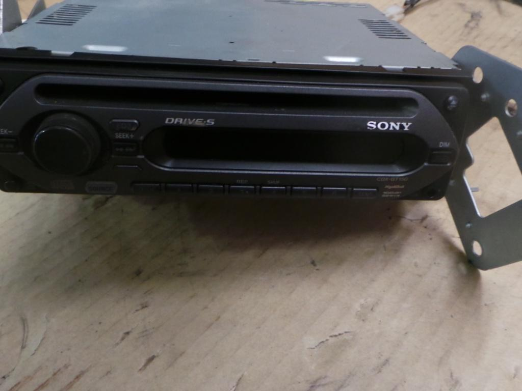 View Auto part Radio/Cd/Dvd/Sat/Tv Toyota Prado 1998