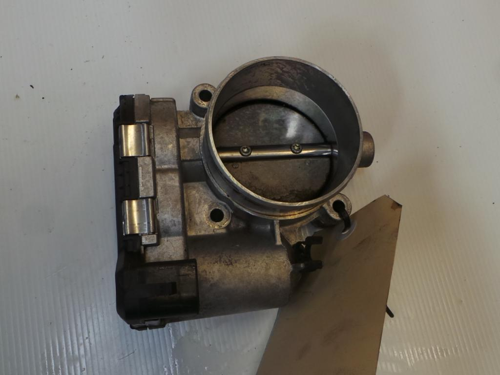 View Auto part Throttle Body Holden Commodore 2005