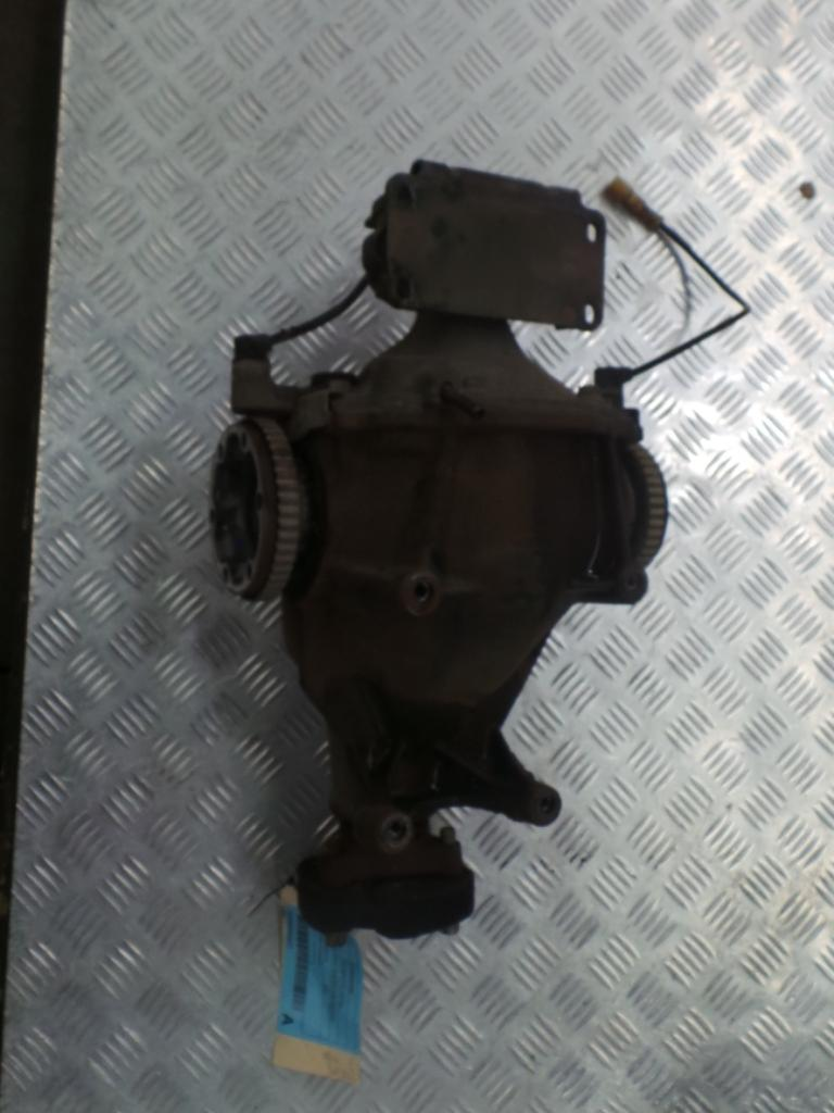 View Auto part Differential Centre Holden Commodore 2005