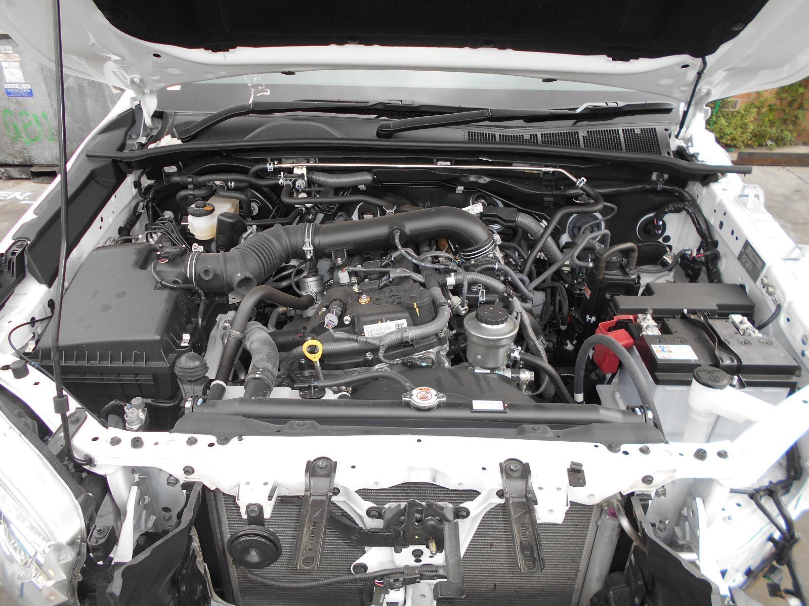 View Auto part Engine Toyota Hilux 2017