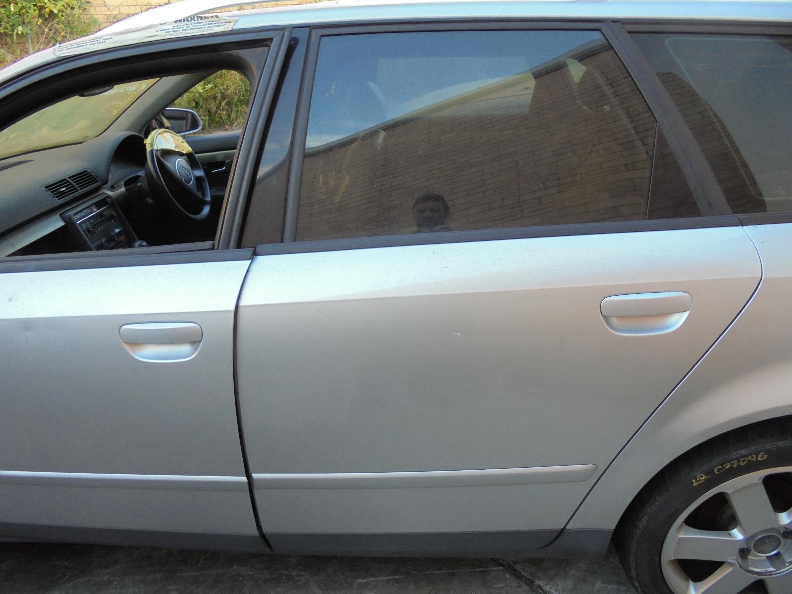 View Auto part Left Rear Door/Sliding Audi A4 2004