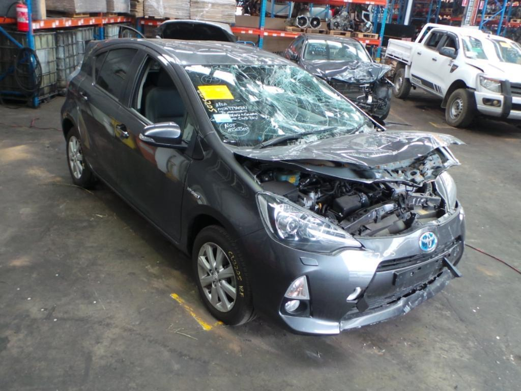 View Auto part Trans/Gearbox Toyota Prius 2014