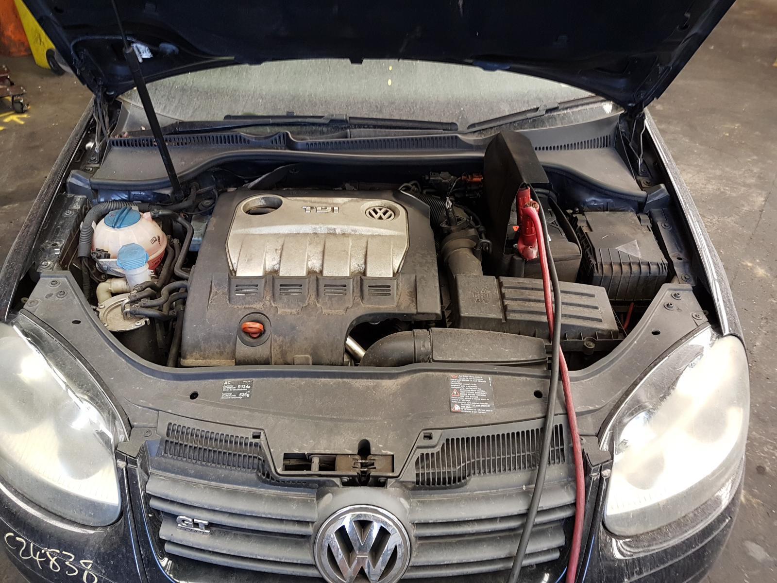 View Auto part Engine Volkswagen Golf 2007
