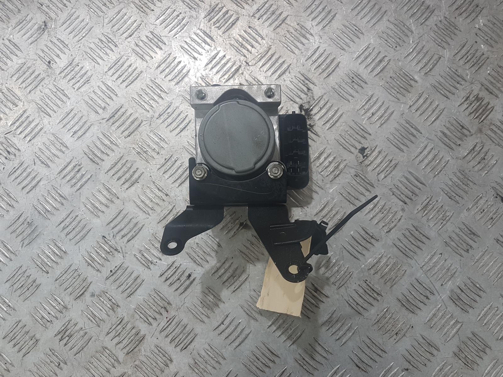 View Auto part Abs Pump/Modulator Mitsubishi Triton 2009